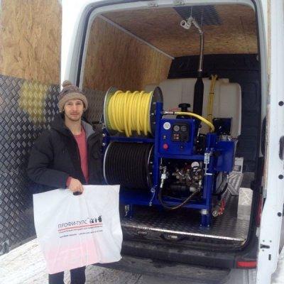 Инсталляция каналопромывочной машины VHT 150/100 в фургон Mercedes Sprinter.
