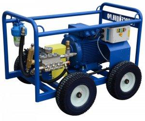 Высоконапорный водоструйный аппарат с электроприводом